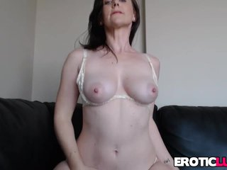 Busty subfuscous MILF teasing
