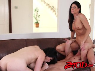 Awesome cougar threesome fuck gang