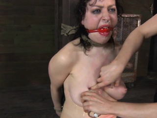 Master is giving gagged chick a hurtful pussy honeyed