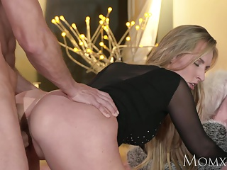 MOM Peaches bombshell MILF worships the cock that fucks her