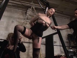 Slave Caroline Hollow out whipping