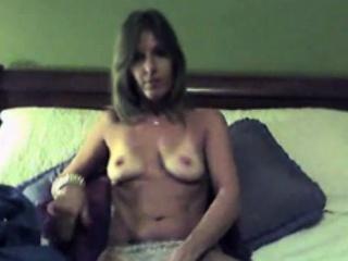 My stepmom on camera - wildmaturecams.online
