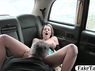 Fat bosom amateur tourist gets banged in the backseat
