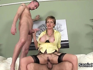 Unfaithful english mature laddie sonia reveals the brush fat breasts