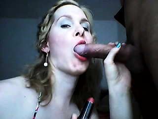 Braided blond floosie gags themselves vulnerable a obese interview be advisable for meat be