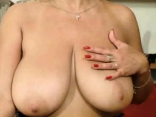 Chunky Titty Milf Essentially Webcam