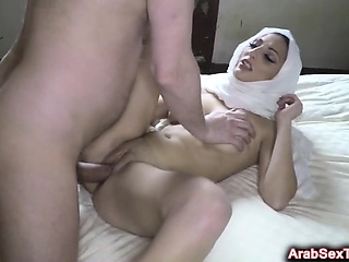 Lonely Arab woman spreads legs wide be advantageous to big dick