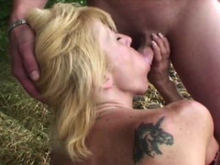 Tow-haired Mom With Four Boys Hardcore Outdoor Fuck