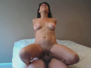 Horny Milf Fucked Hard And Got Pussy Creampie
