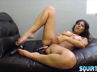 Lactating squirting mother Brianna enjoying tochis going to bed