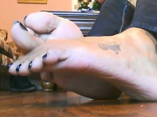 Hot Dark Bottoms and Throbbing Nails