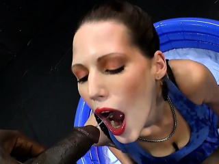 Original waterports back MILF VIktoria - 666Bukkake