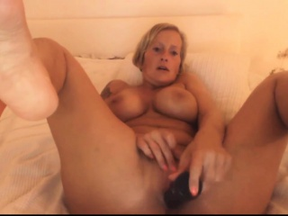 Mother with an increment of dildo 1 Mallie stranger 1fuckdatecom