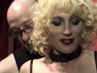 Kinky mature blonde Uma Masome loves masturbating