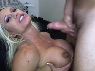 Muscle Goddess Ashlee Like a shot Sucking Cock