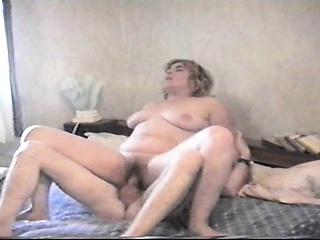 Maryelle Tillie pute cougar de 50ans se fait baiser a fond