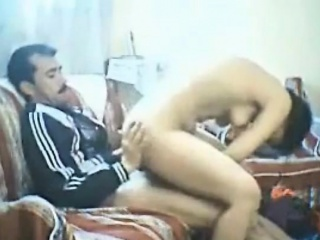 Arab tiro threesome regarding milf Nadia