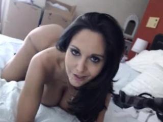 Hot milf pornstar move in webcam