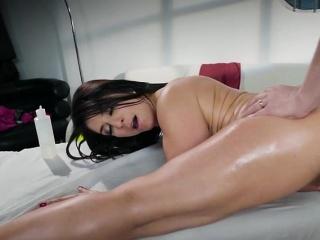 Hot Vixen Nefarious Hart Loves Anal Together with Facial