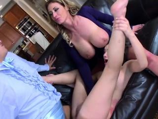 Squirting newborn Eva shares one huge dick