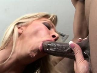 Hungry cougar deep throats black dick like a hooker