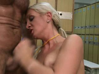 Erotic adjudicate Cameron has two dicks filling say no to fuckholes