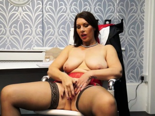 Hot European MILF Masturbating wide the post