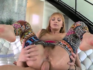 Natural bowels milf hardcore with cumshot