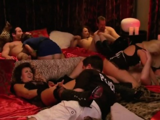 Couple takes a urgency away to the swingers mansion