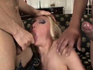 Hardcore Threesome With Dp russian girl wife