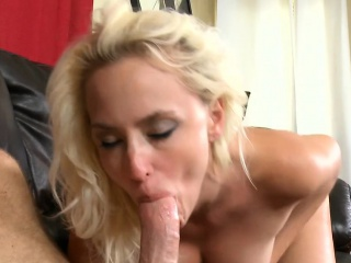 Horny mother i would like there fuck jumps unaffected by a thick ramrod