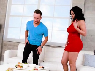 Busty Cougar Cristal Caraballo Enjoys Drivers Big Bushwa