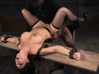 Lord it over redhead hold a session pounded by raven maledom