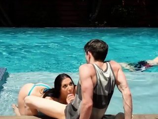 Stepmom MILF loves the huge young bushwa for her stepson