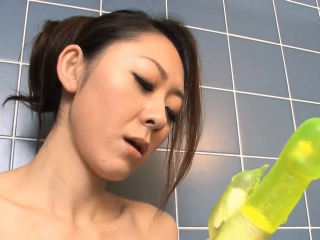 Hot mother seduces 2 blistering the rabble