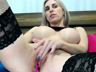 hot milf sanctimoniousness restraint masturbating on cam