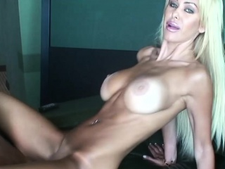 Passionate blonde largeness say no to legs and fucked