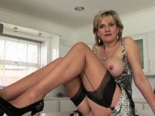 Unfaithful uk milf daughter sonia flashes her prominent titties29EGS