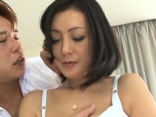 Surprising cooky gives hawt tit wank