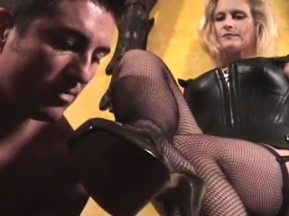 Young fetching unfocused loves bdsm