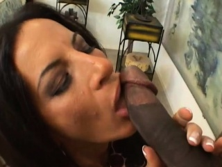 She finds fun in jerking off a pang knob