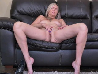 Canadian milf Dani Stake teases us with regard to nylon