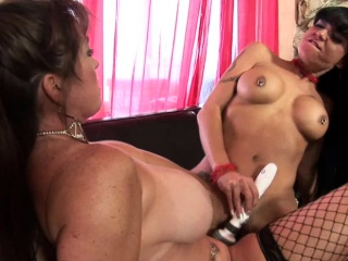 Old bombshell coupled with a younger babe have divertissement