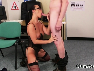 Foxy beauty gets cumshot on her complexion fraying all hammer away load88gY
