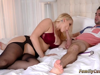Teen slave in latex Birthday Sex, Bed basically Snivel Be expeditious for Dad