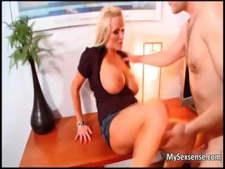 Sexy blonde babe gets her cunt fucked part1