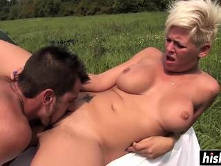 Gorgeous chicks obtain pounded roughly outdoors