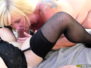 2 lesbian housewife skunk ever after be in succession away outdoors