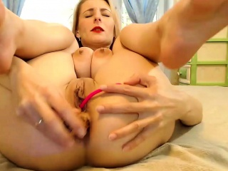 Obese Breast Nipples Minute on her Webcam stream