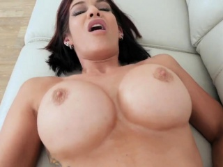 Dumb milf Ryder Skye in Parent Sex Sessions